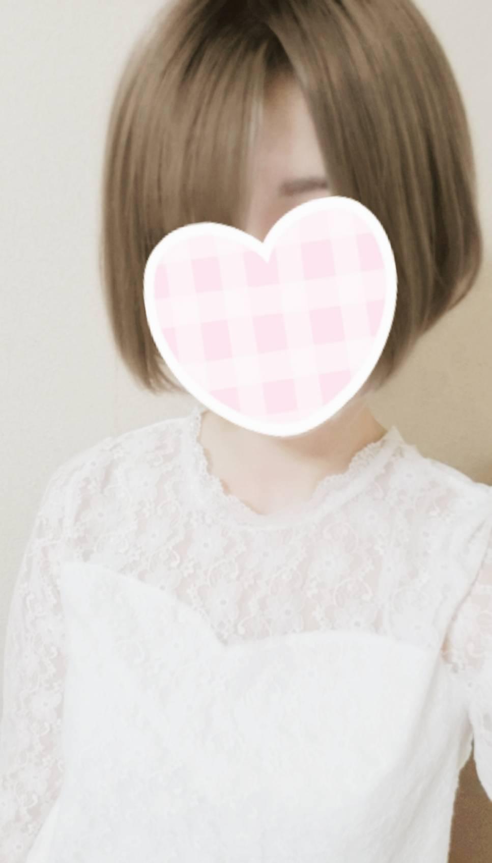 女性スタッフ「シロモ」 画像